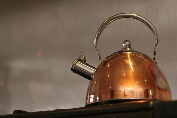 kettle-653666_1920F6YDcDpHEglKv